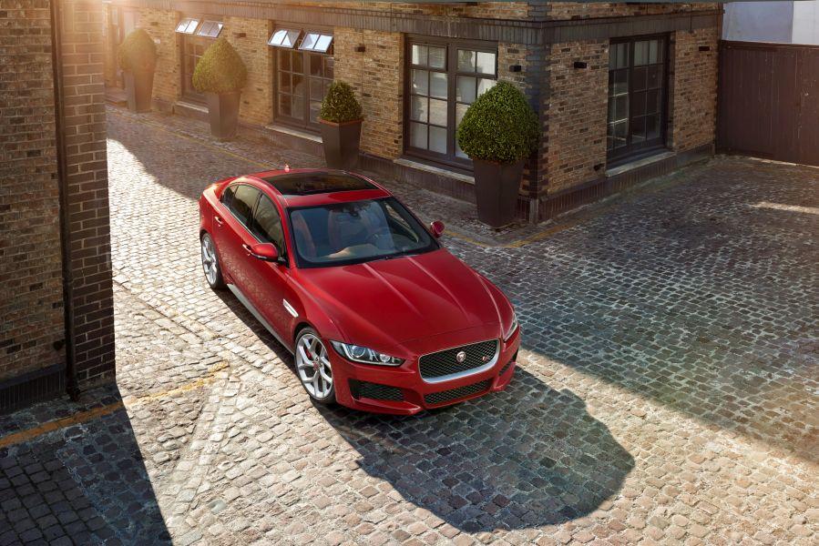 Jaguar XE: a new rival for Mercedes C-Class