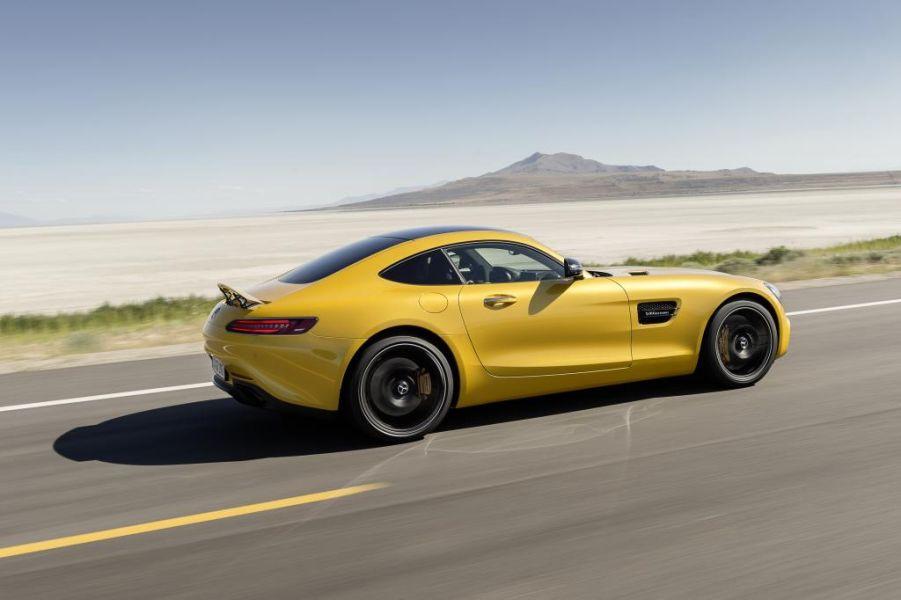 Mercedes AMG GT vs Porsche 911  7