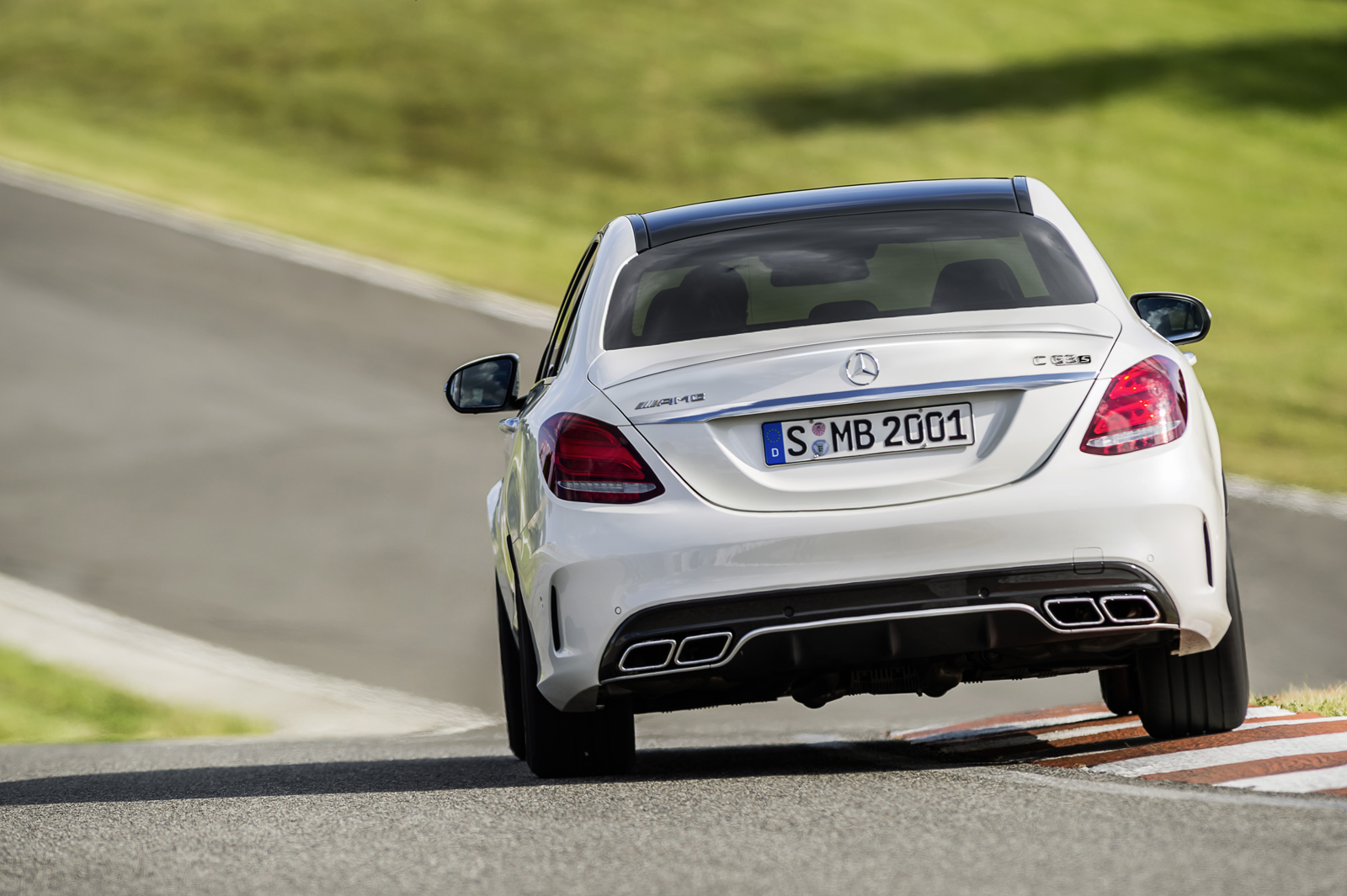 mercedes-amg-c63-saloon-paris-2014-mercedesblog-104