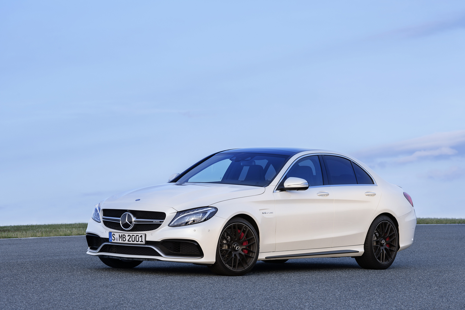 mercedes-amg-c63-saloon-paris-2014-mercedesblog-201