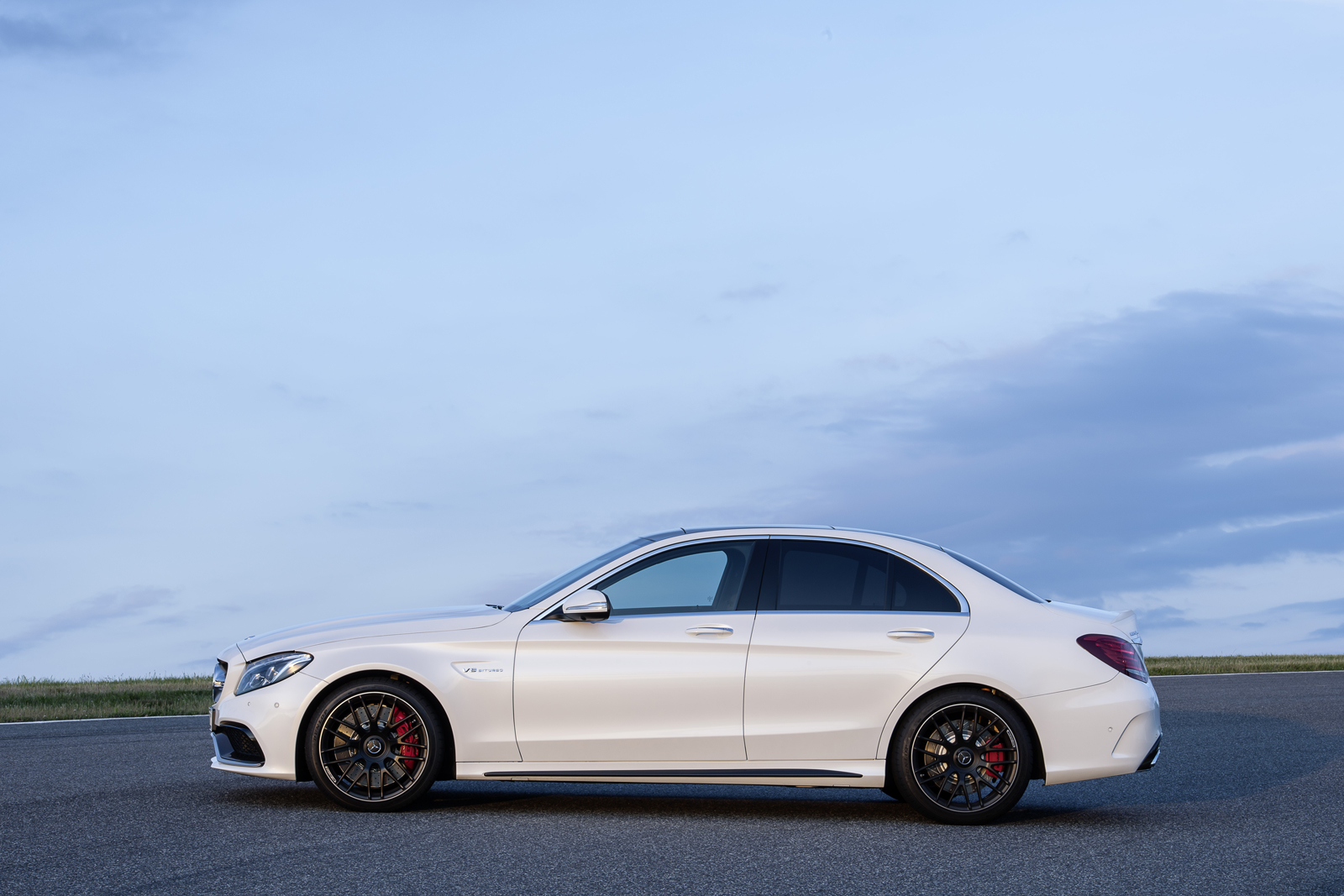 mercedes-amg-c63-saloon-paris-2014-mercedesblog-203
