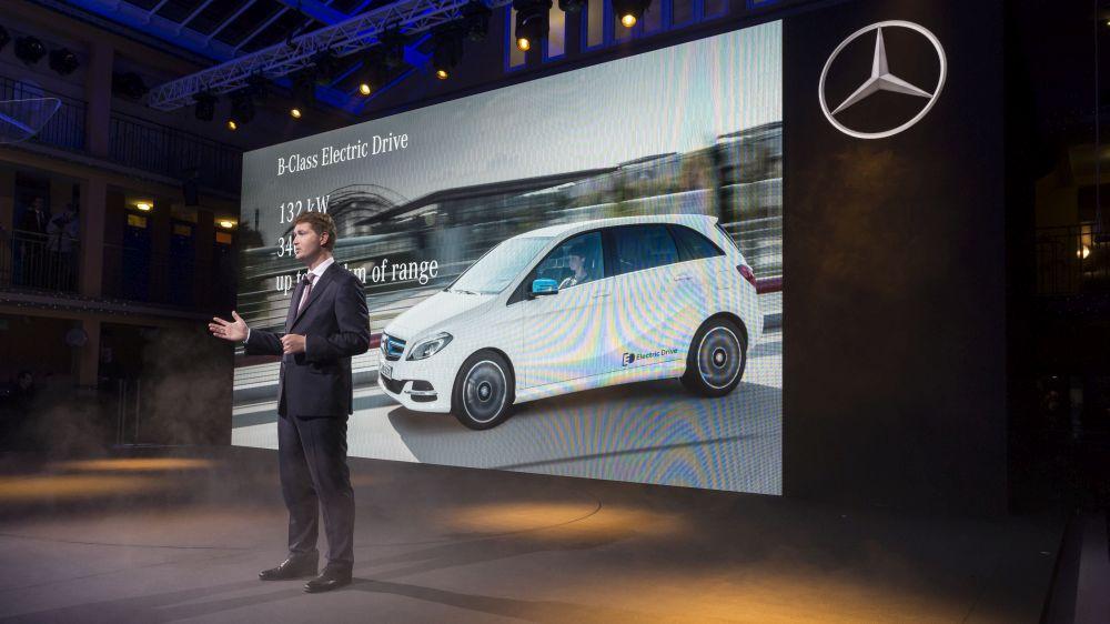 Mercedes-Benz to boost profit margins