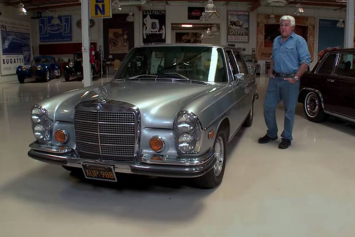 video jay leno takes his 1972 mercedes benz 300 sel 6 3 for a ride mercedesblog. Black Bedroom Furniture Sets. Home Design Ideas