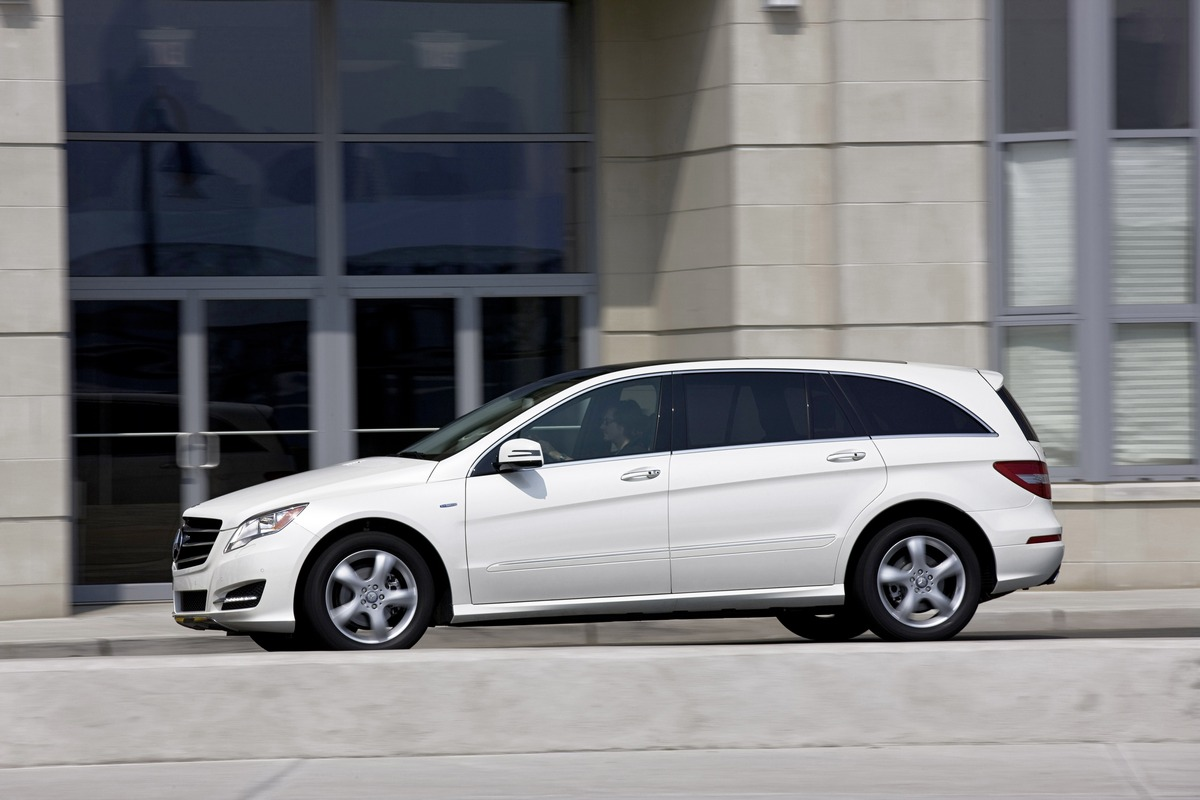Mercedes benz r class to be built in indiana by am general for Mercedes benz indiana