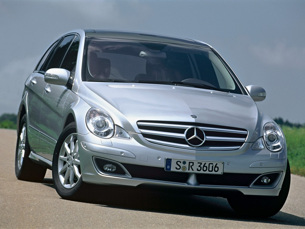 Top 5 mercedes benz models with really bad looks for Mercedes benz e class models