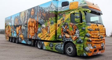 A history lesson on wheels – Mercedes-Benz Actros