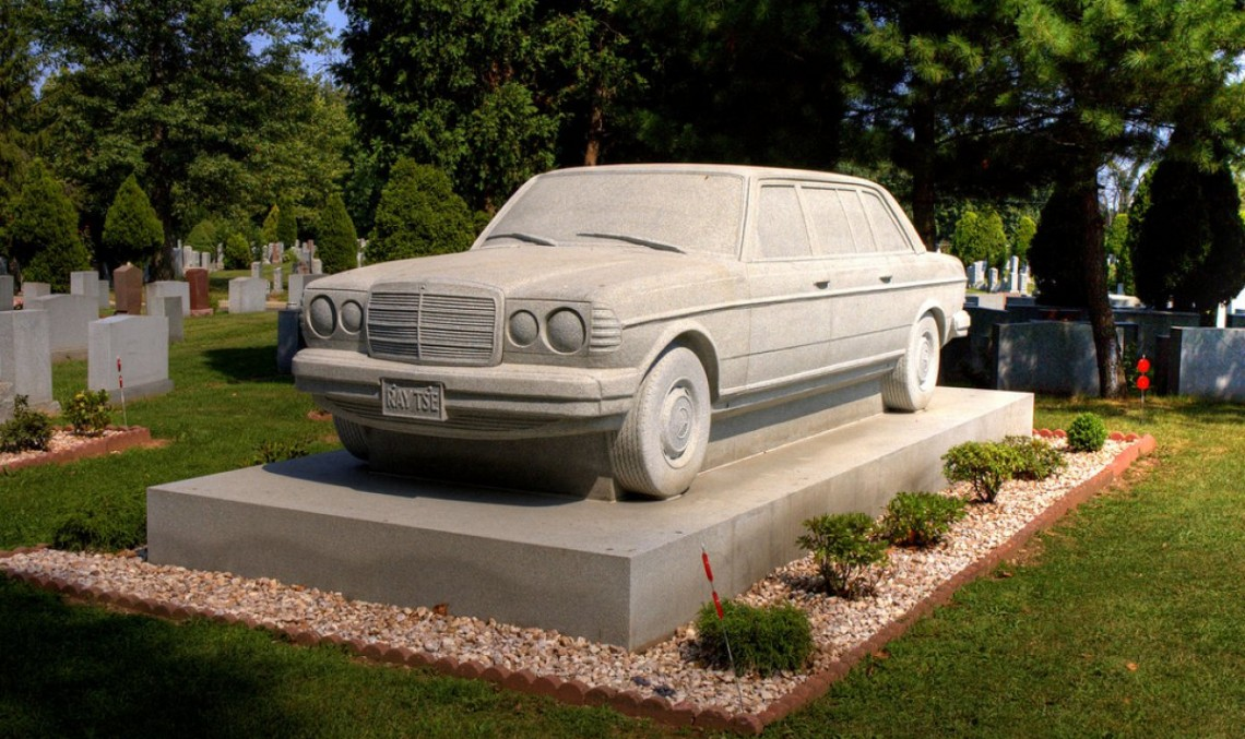The Mercedes-Benz tombstone – Till death do they part