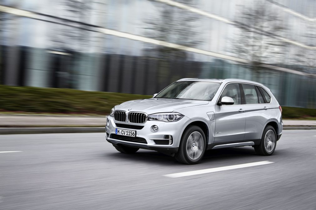 BMW X5 xDrive 40e: the first BMW Plug-In Hybrid SUV