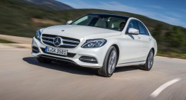 First Mercedes C 350 e plug-in hybrid review by AutoExpress