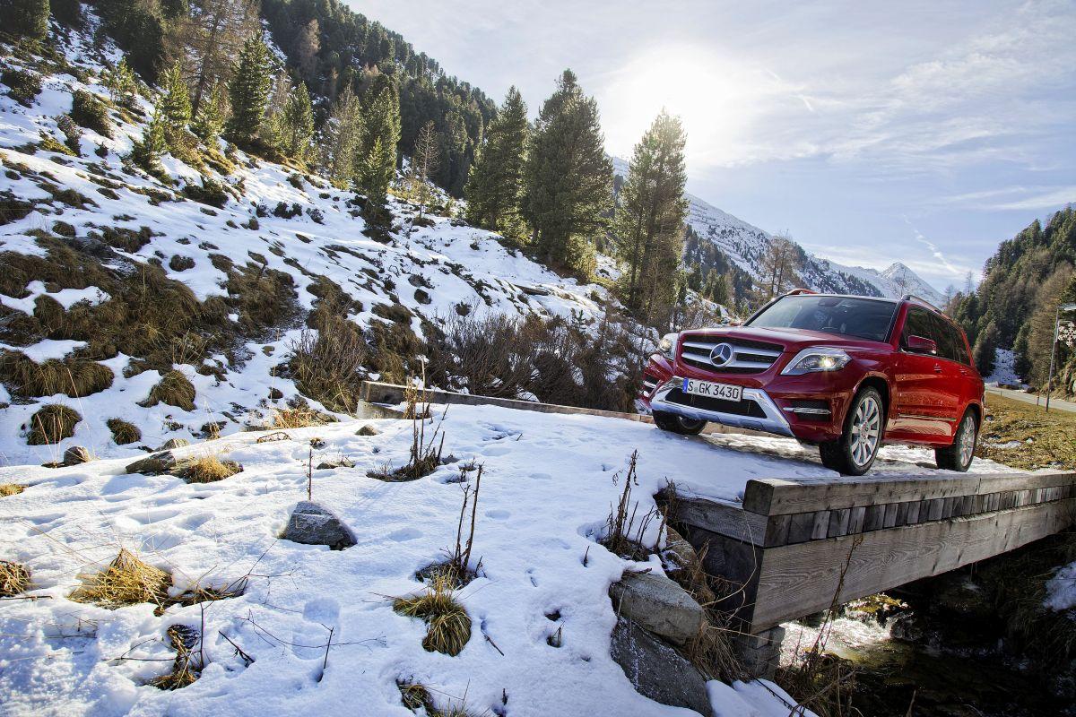 Mercedes GLK february sales 2015