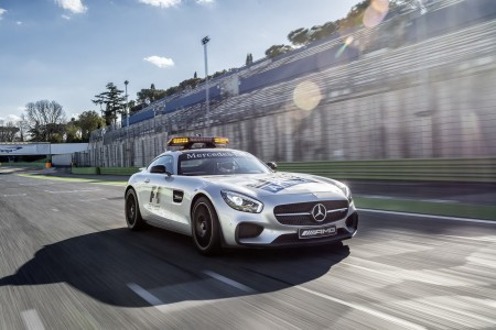 Safety car & medical car7