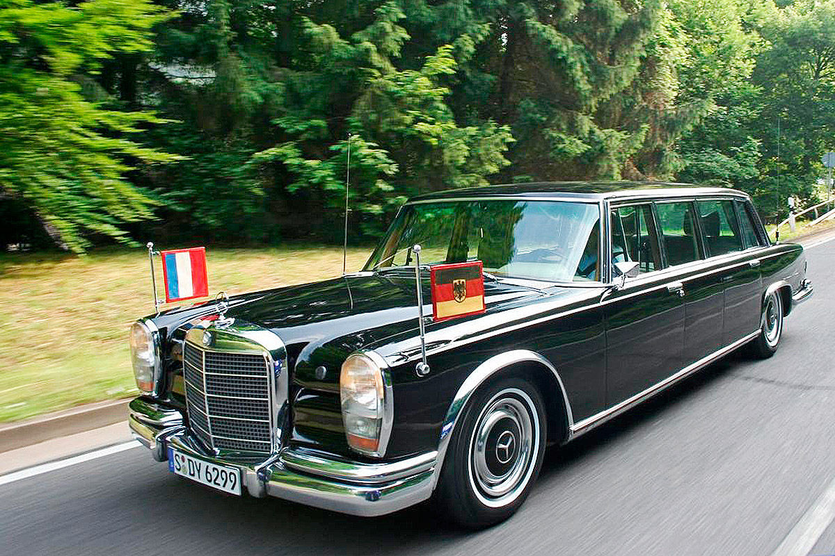 50 years of greatness happy birthday mercedes 600 pullman mercedesblog. Black Bedroom Furniture Sets. Home Design Ideas