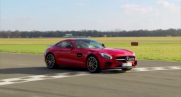 Stig's record lap with Mercedes-AMG GT S (video)