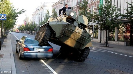 Vilnius S-Class tank bad parking