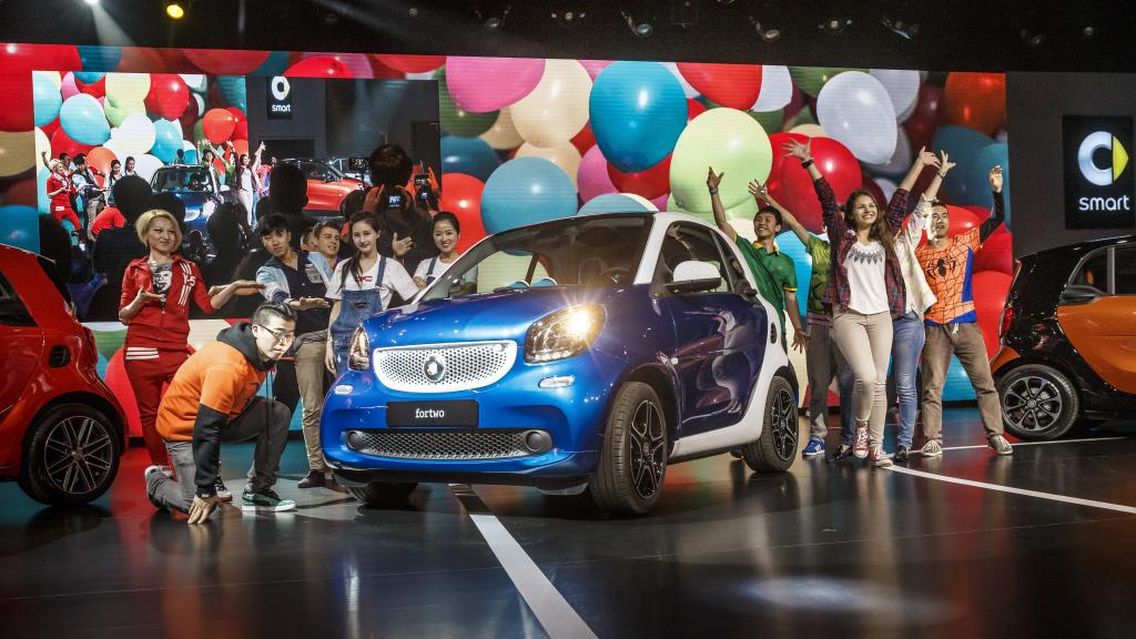 Auto Shanghai LIVE: New smart fortwo celebrates Chinese premiere
