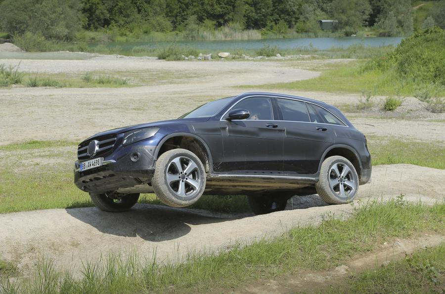 First video Mercedes-Benz GLC