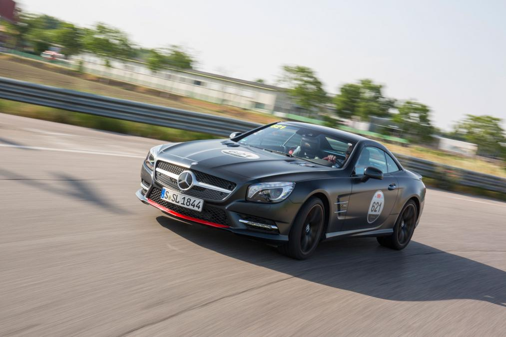 Mille Miglia homage Mercedes SL 417 put through its paces