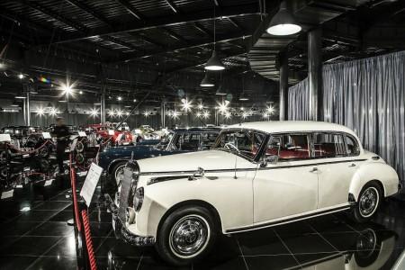 Tiriac collection mercedes 220 Adenauer