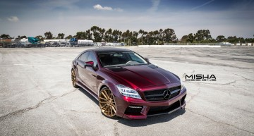 Only a Mercedes-Benz CLS can pull off such a look!