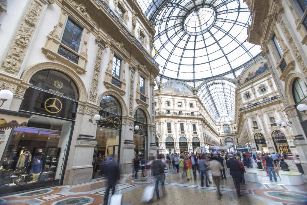 Mercedes me Store, Milano