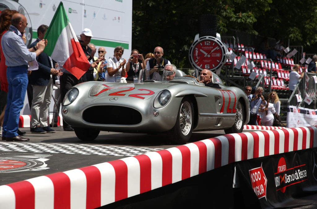 Mercedes-Benz shines at Classic Days Schloss Dyck 2015
