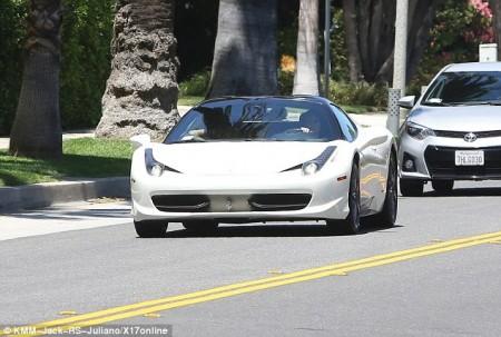 Ferrari Kylie Jenner