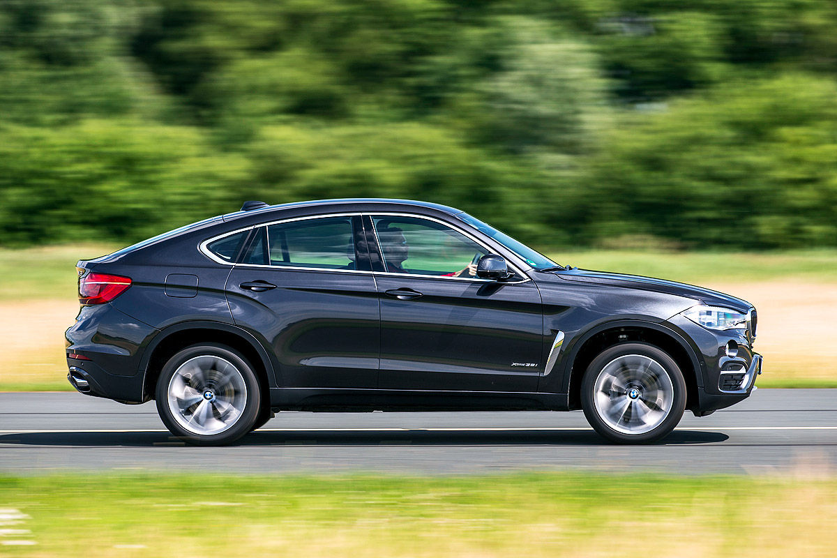 Mercedes GLE Coupe Vs BMW X6 3