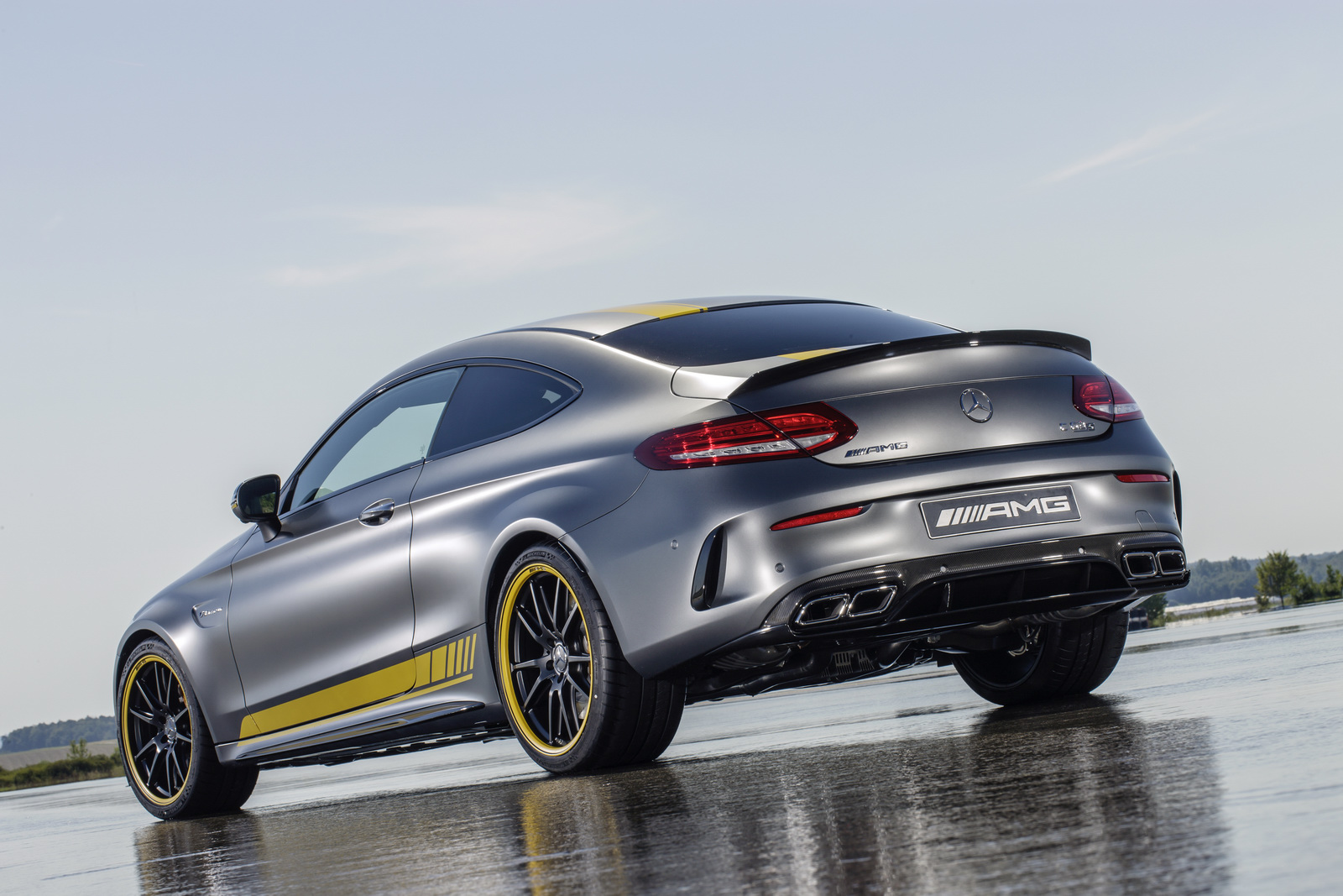 mercedes amg c 63 coupe edition 1 is a thing of beauty mercedesblog. Black Bedroom Furniture Sets. Home Design Ideas