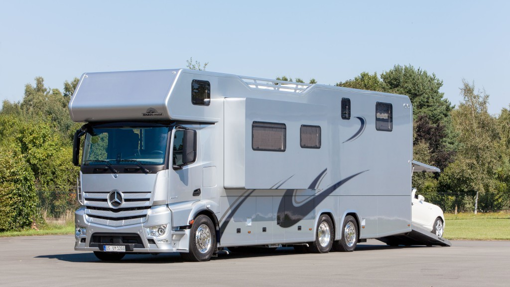Vario Alkoven 1200 Mercedes-Benz RV can swallow your SLK