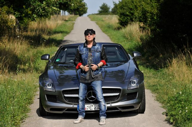 """Rock You Like a Hurricane"" – Scorpions lead singer drives an SLS AMG Roadster"