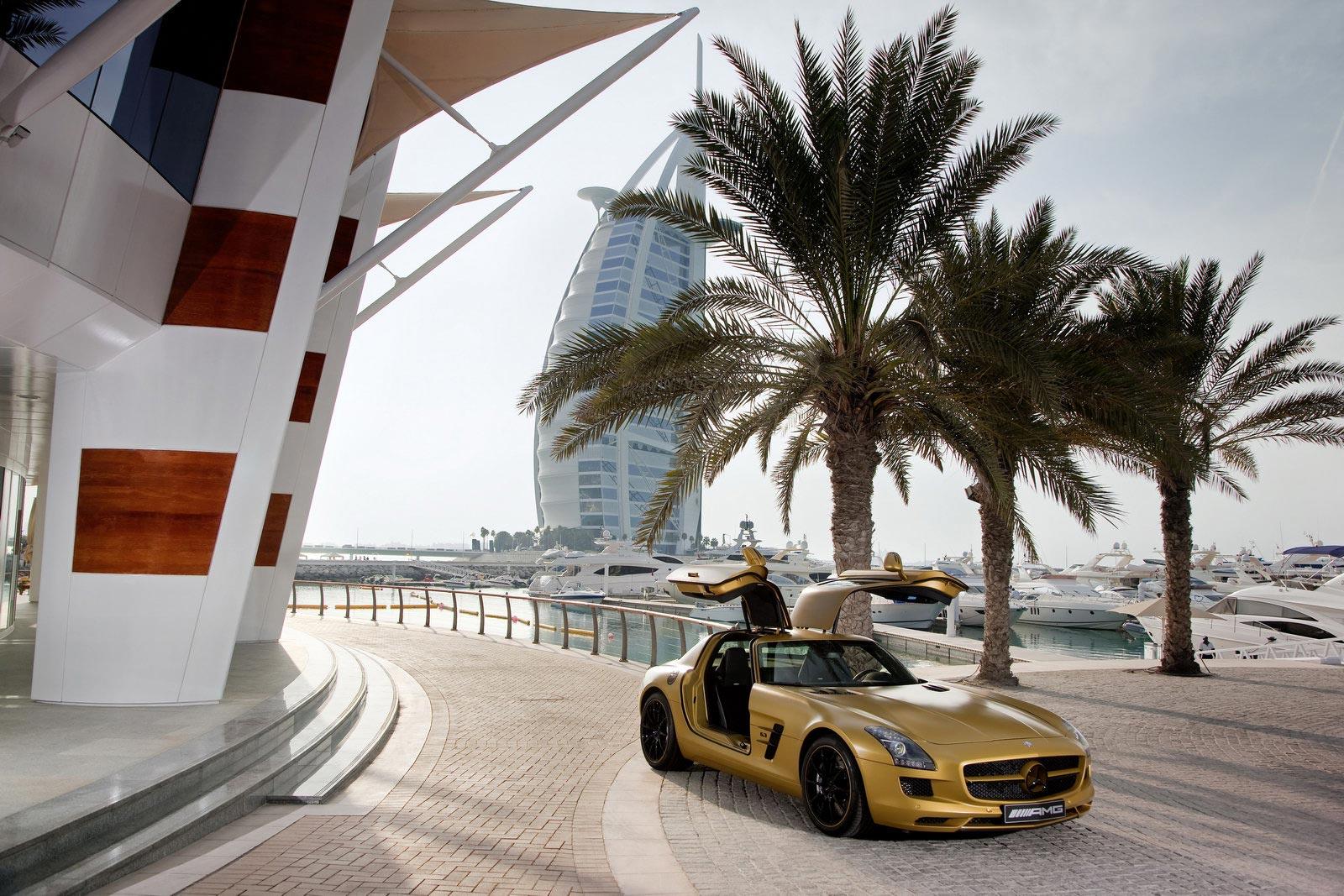 Mercedes SLS AMG Desert Gold 6