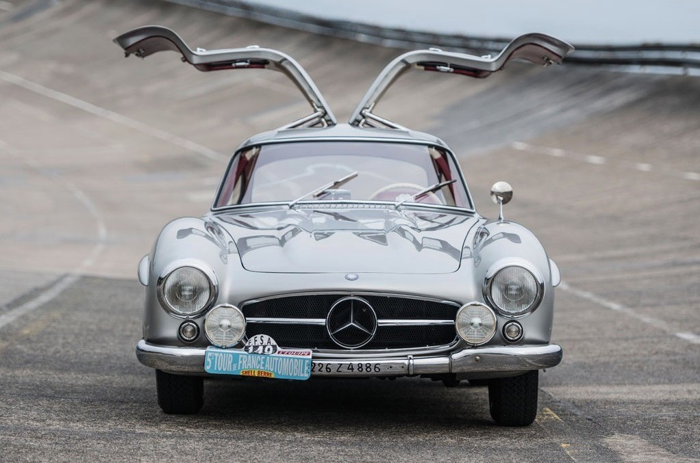 Stirling moss 39 mercedes benz 300 sl gullwing now for sale for Mercedes benz 300sl gullwing for sale