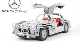 The most realistic Lego Mercedes-Benz 300SL Gullwing ever built