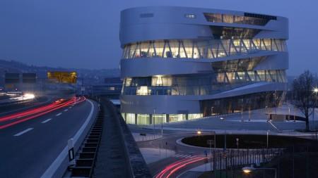 Mercedes-Benz Museum 4