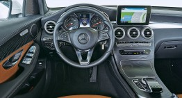 GLC wins the WardsAuto 10 Best Interiors Of 2016 title
