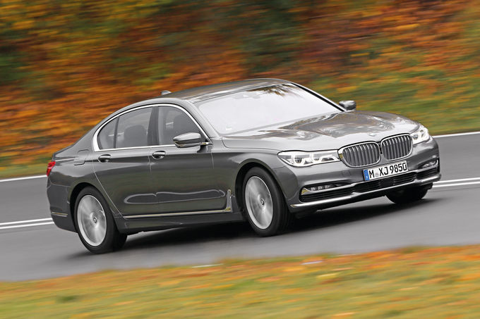 Mercedes S 500 vs BMW 750i, Audi A8 4.0 TFSI (22)