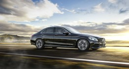 The only way is up! Mercedes-Benz USA hits record sales again!