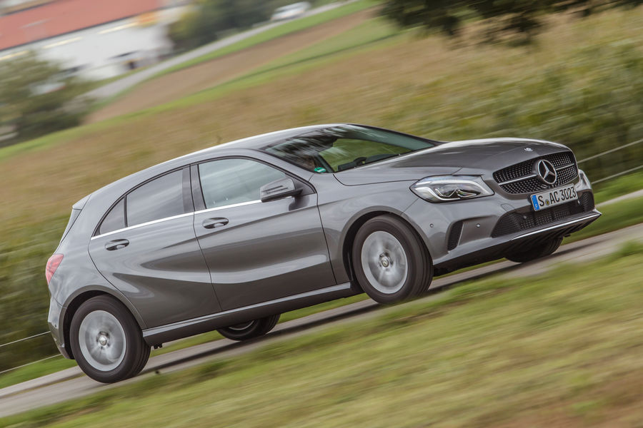 test-mercedes-benz-a180-a3-118i (9)