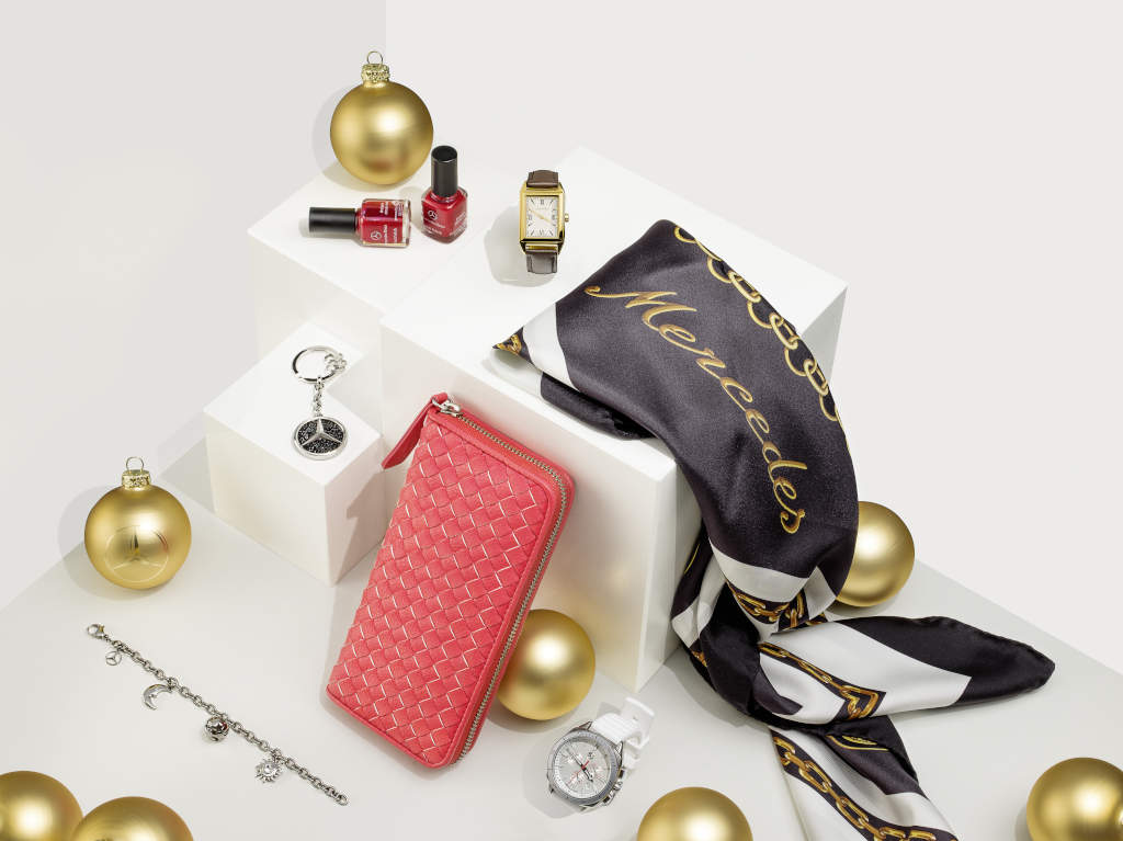 Last minute shopping star quality gifts from mercedes for Buy mercedes benz accessories online