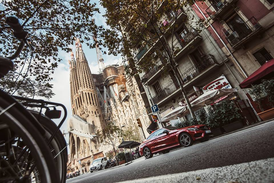 The Mercedes-Benz C 300 Coupe AMG Line paints the town red in Barcelona