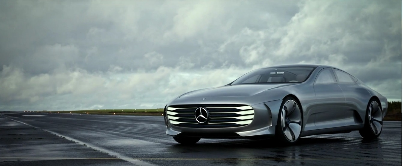 Mercedes-Benz IAA Concept in action 2