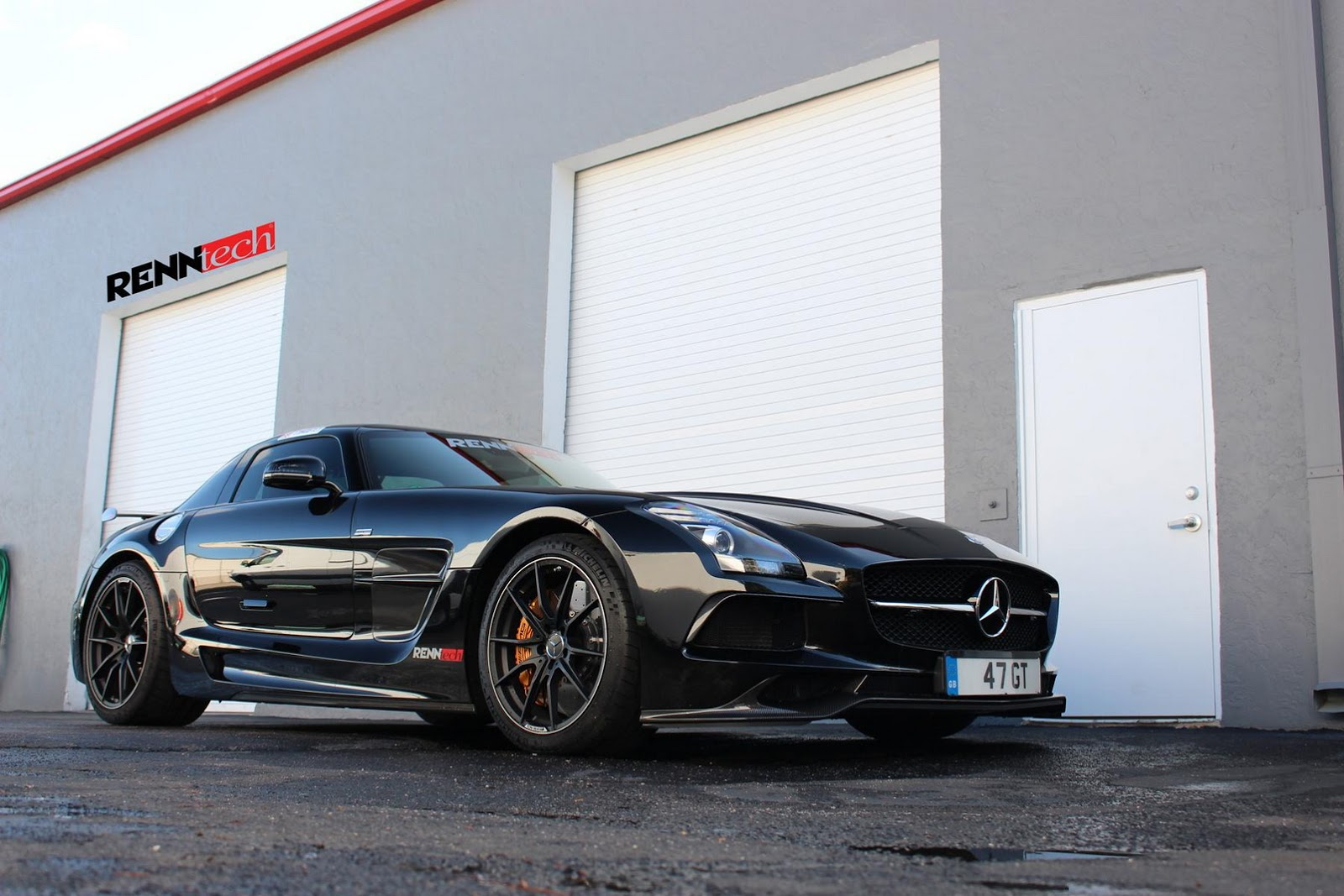 Renntech mercedes benz sls amg black series mercedesblog for B series mercedes benz