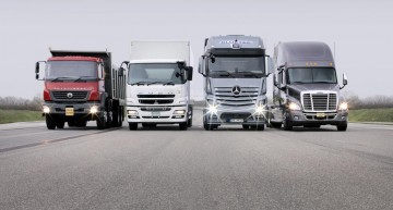 2017, another successful year for Daimler Trucks: Deliveries rose by 12%
