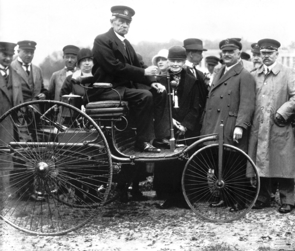Benz-Patent-Motorwagen, Carl Benz in München, 1925, first automobile