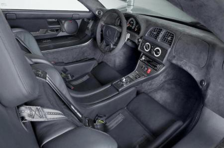 Mercedes-Benz-CLK-GTR-Coupe-08