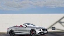 "Mercedes-AMG S 63 4MATIC  Cabriolet ""Edition 130"" (Fuel consumption combined: 10.4 l /100 km; combined CO2 emissions: 244 g/km; Kraftstoffverbrauch kombiniert: 10,4 l/100 km; CO2-Emissionen kombiniert: 244 g/km)Exterieur: AMG Alubeam silberexterior: AMG alubeam silver"