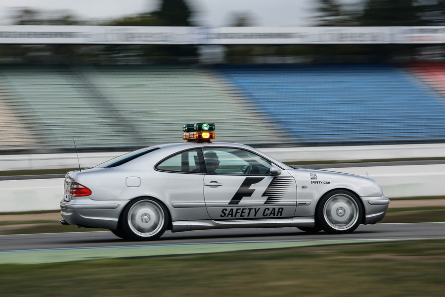 mercedes-safety-cars (45)