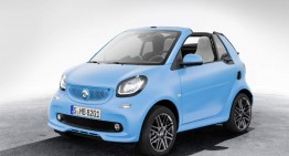 Baby-blue smart fortwo cabriolet gets the Brabus touch