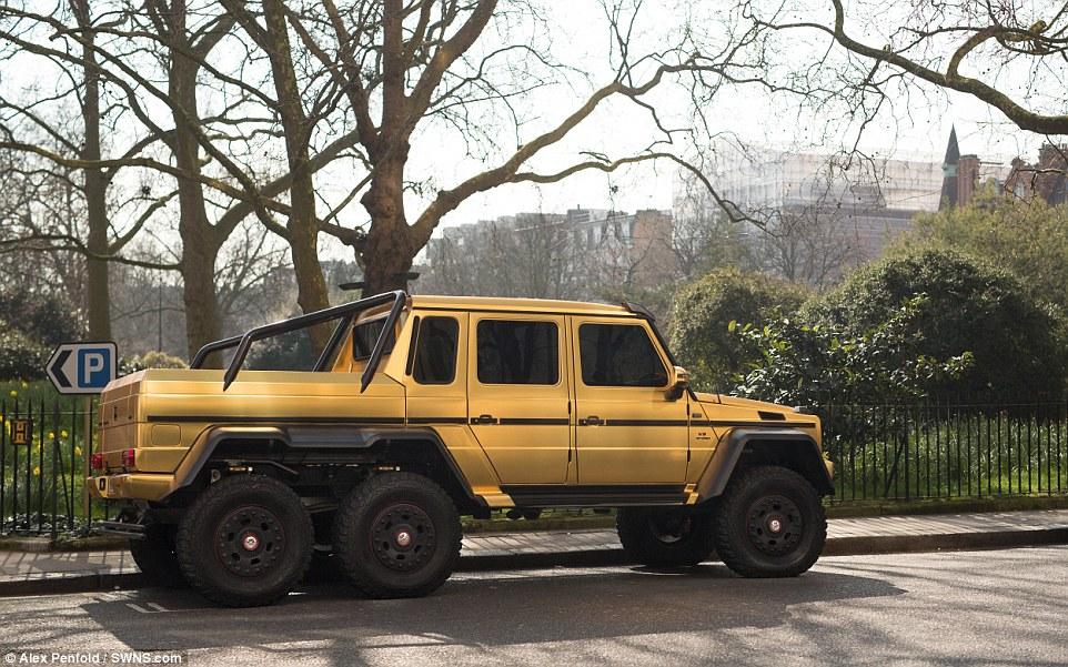 Gold Mercedes G 63 Amg 6x6 3