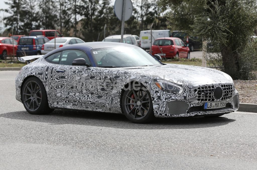 600 hp Mercedes-AMG GT-R rocks. Street legal GT3 spied again